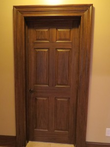Faux wood - Doors in Walnut