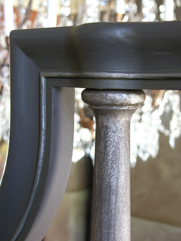 Aged Handrail with Metallic Silver Mulepost